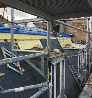 Notre savoir-faire en rénovation de couverture en ardoise